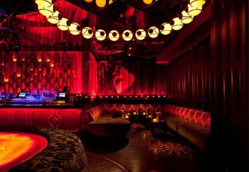 在长沙皇冠夜总会招聘信息中提供住宿,同行业界最豪华高大上的宿舍